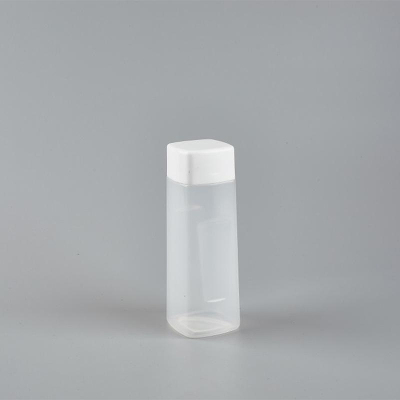 方形饮料瓶